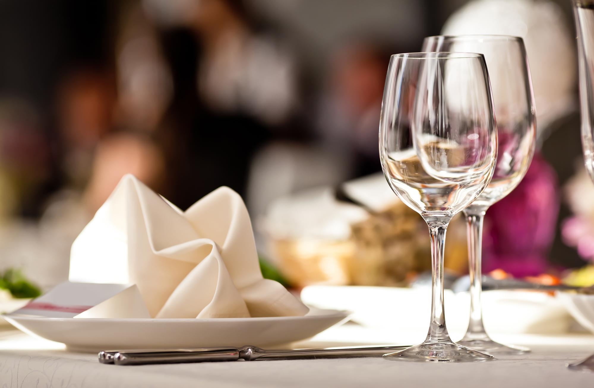 Klær og bord